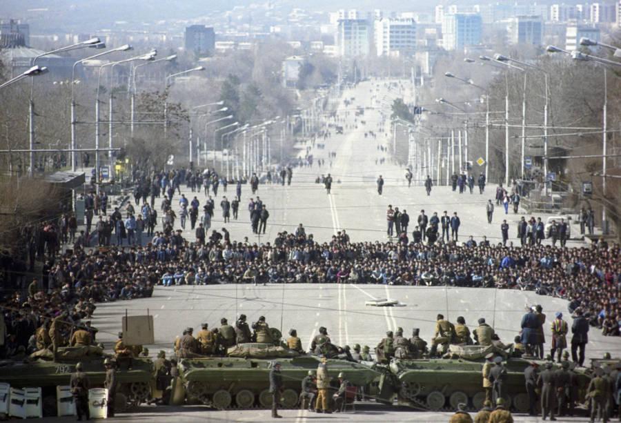 Dushanbe Riots Tank Line