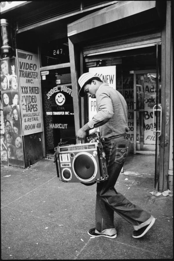 Ghetto Blaster Hands New York