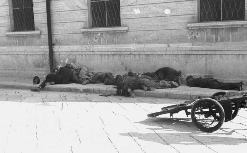 Italian Resistance Killed By Germans