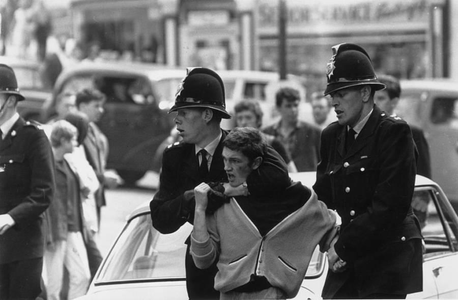 Mod Under Arrest