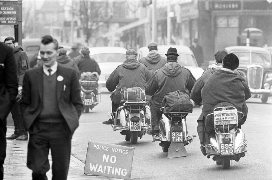 Mods Leaving On Scooters