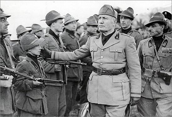 Mussolini Black Brigade Boy