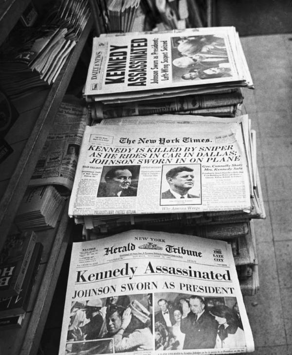 Papers Newsstand
