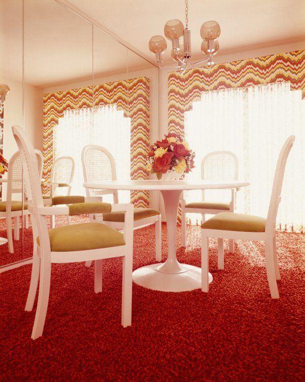 Red Carpet Tulip Table