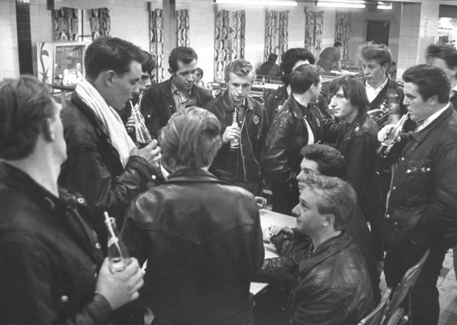 Rockers At Roadside Cafe