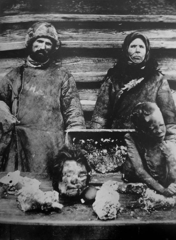 Russian Cannibals With Dead Victims