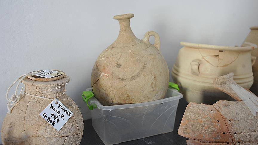 Worlds Oldest Smiley Face Found On Ancient Jug In Turkey