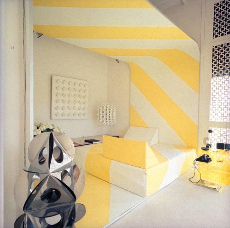 Yellow Stripe Sitting Area