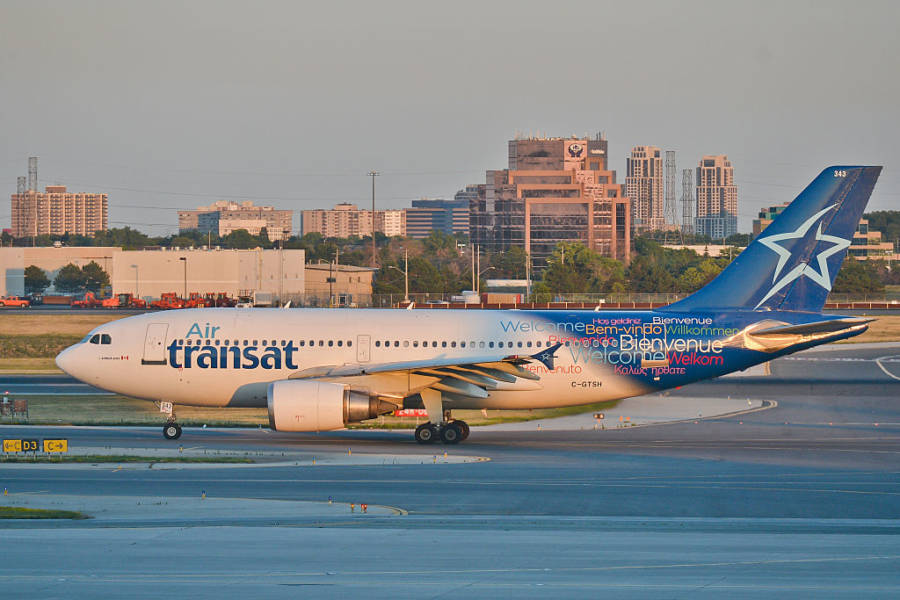 Air Transat Dealys