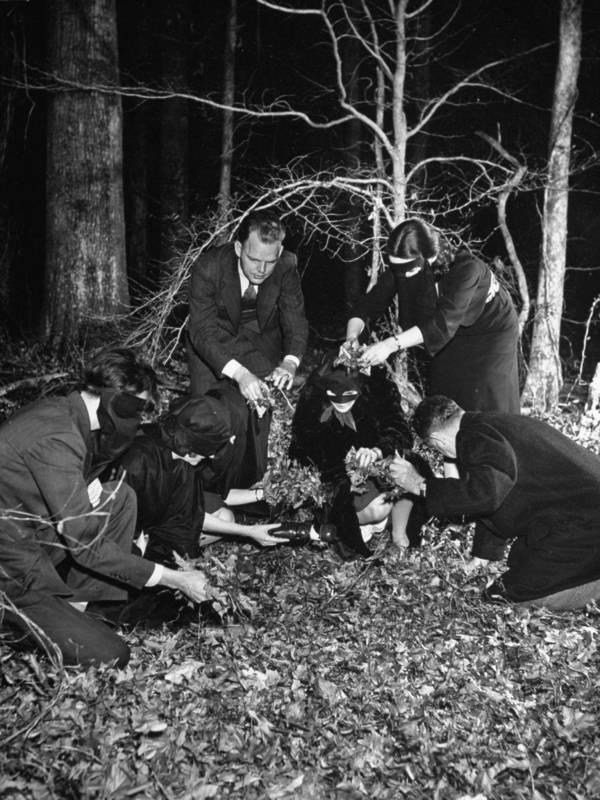 Burying Effigy Of Hitler