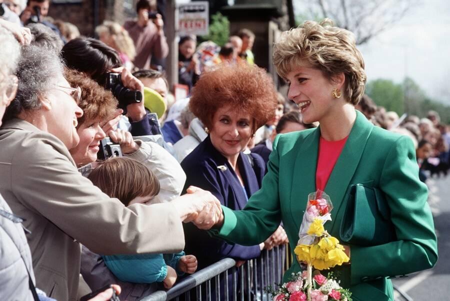 Diana Greets Crowd