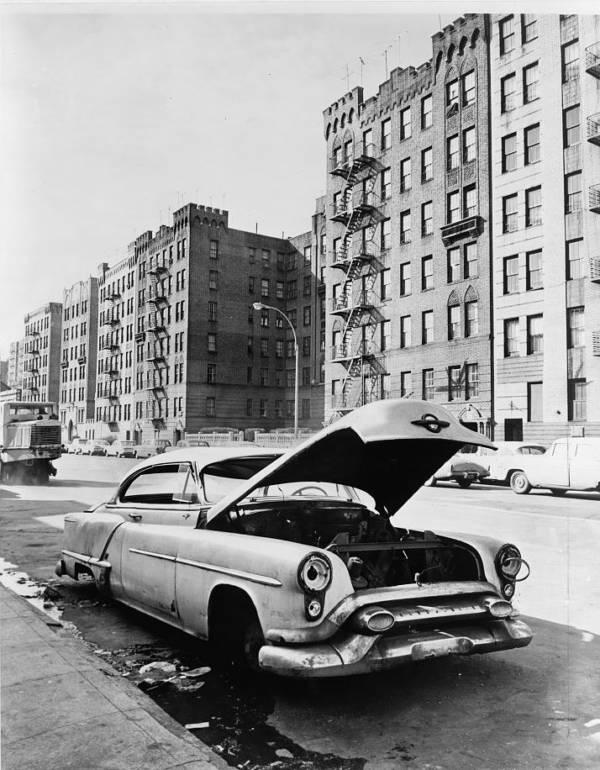 Dilapidated Car In Bronx