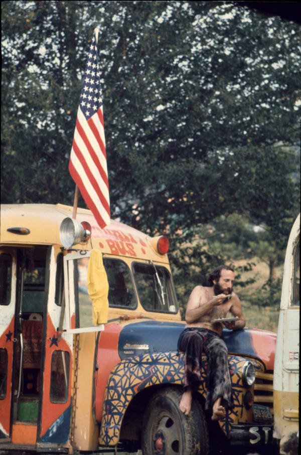 Eating On The Bus Hippies