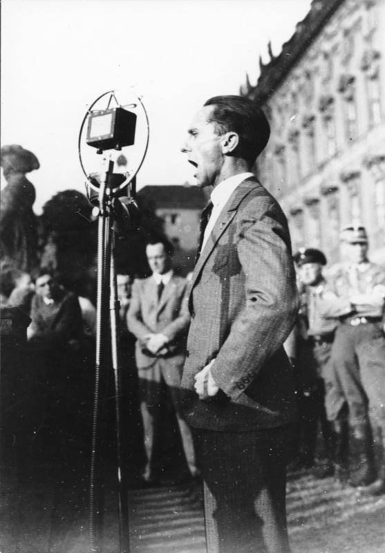Goebbels Speaks Into Microphone