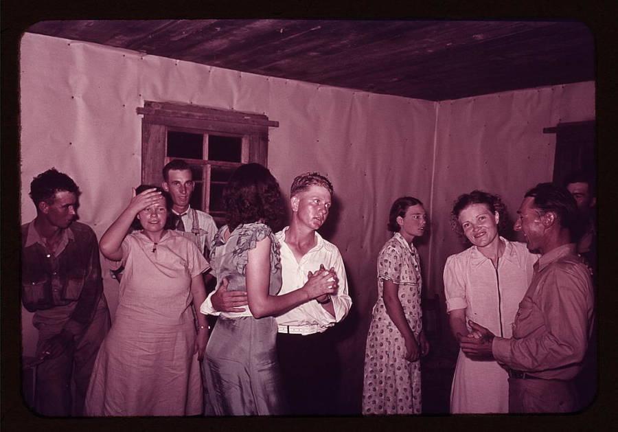 Great Depressionsquare Dance