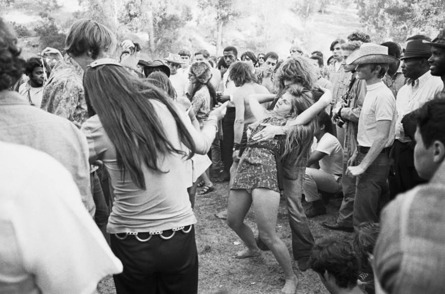 Hippie Love In