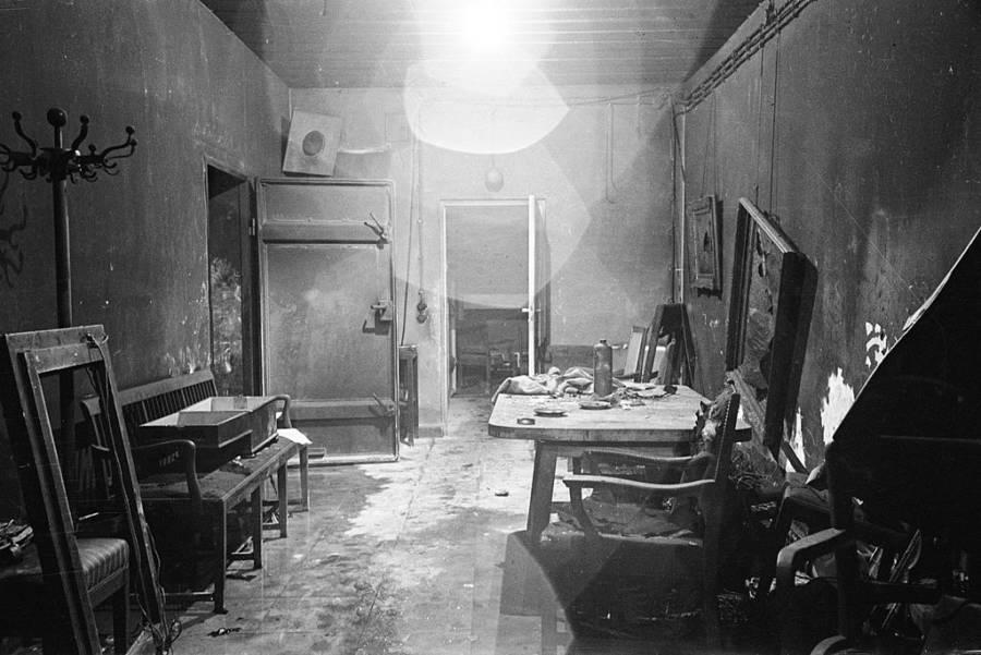 Hitler Berlin Bunker