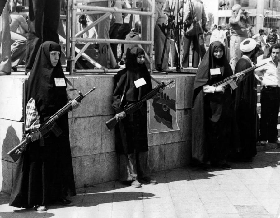 Iran Revolution Women Guns
