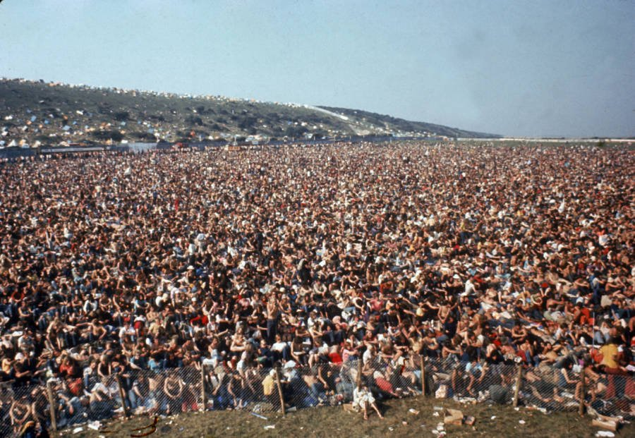 Isle Of Wight Crowd