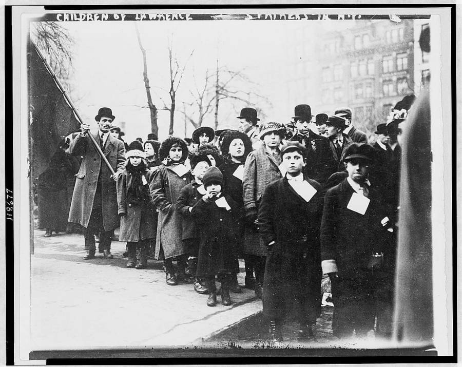 Lawrence Child Laborers Striking