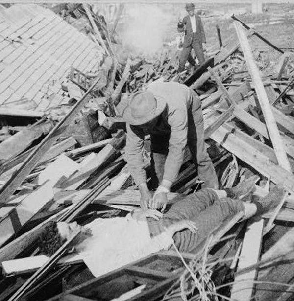 Looter After The Galveston Hurricane