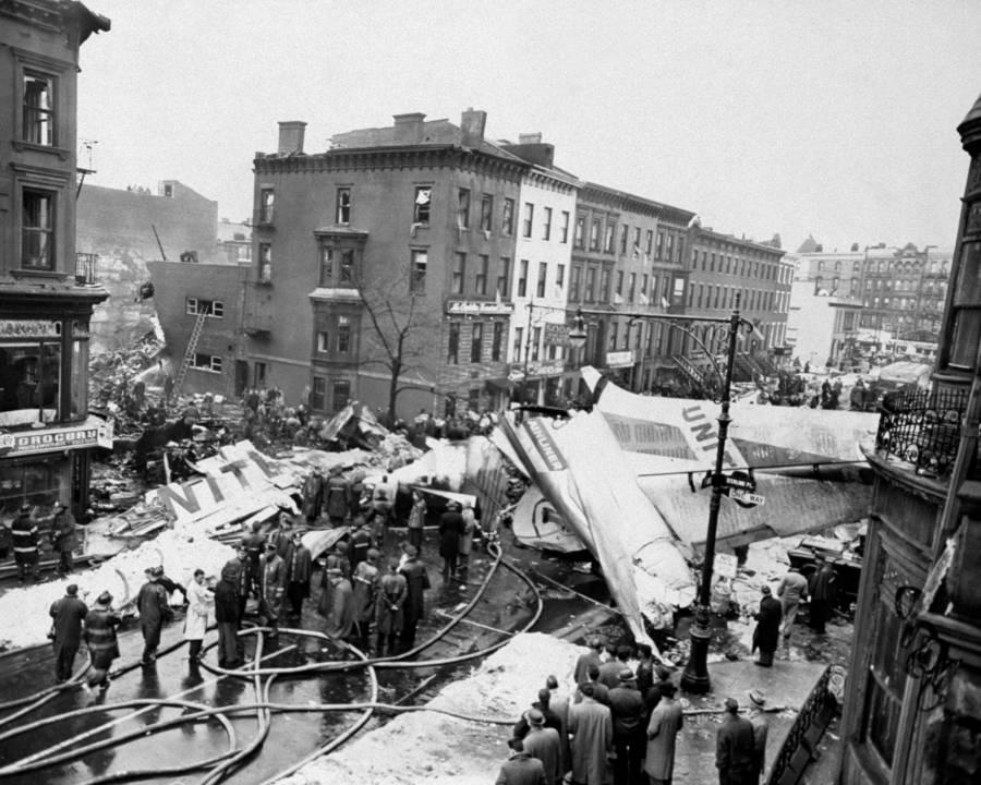 Plane Crash 1960s Brooklyn