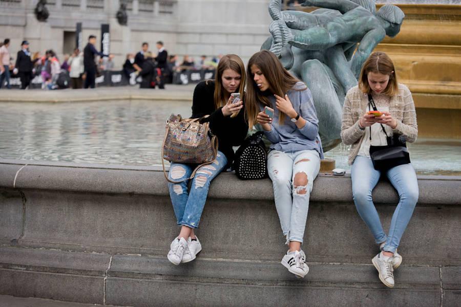 Teen Girls Phones