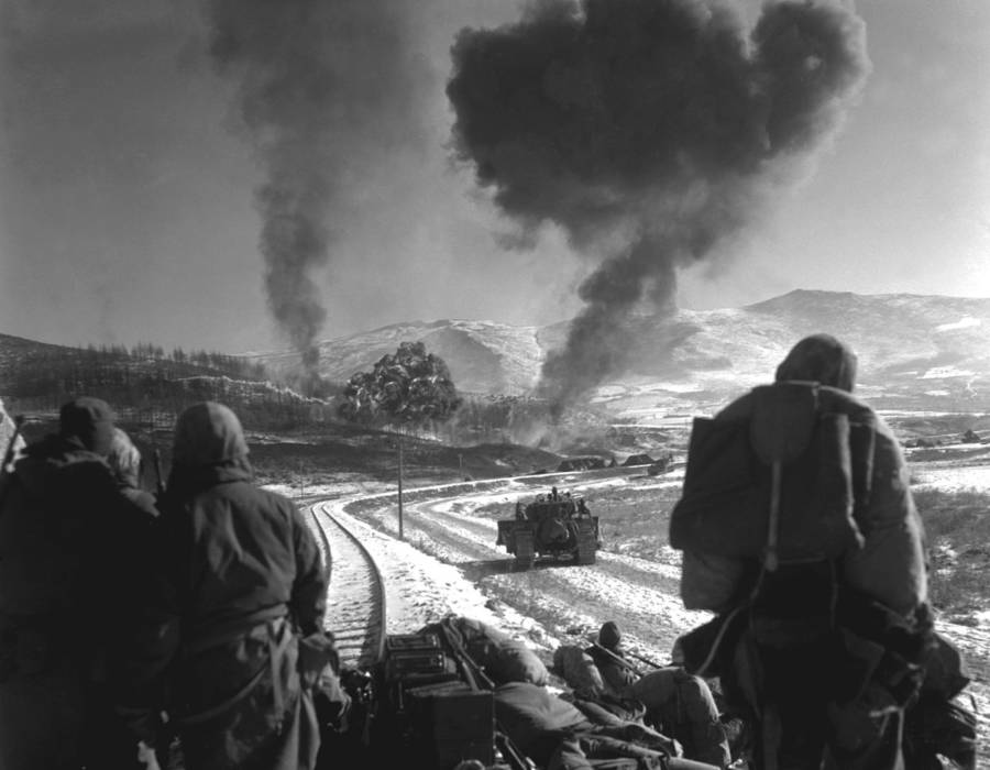 Tracks Smoke