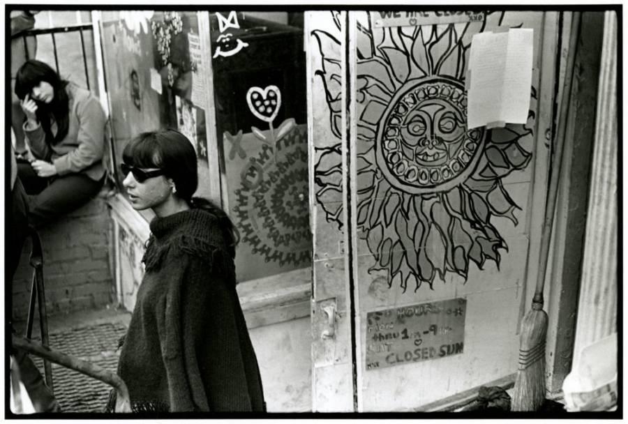 Women With Graffiti