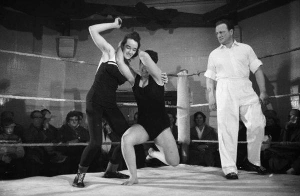 Women Wrestling Ring