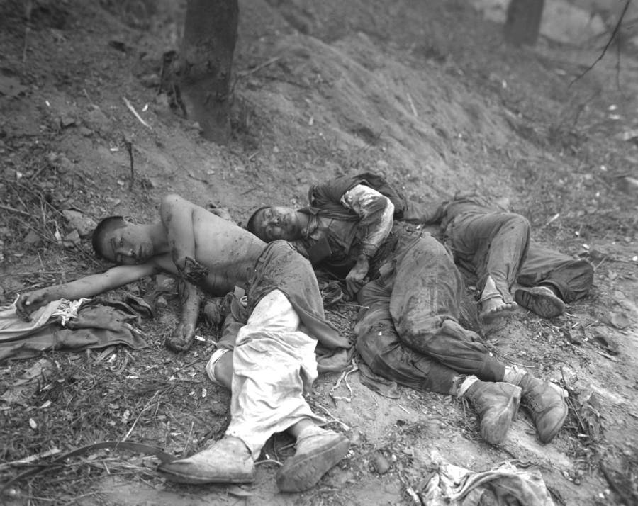 Wounded Soldiers On Ground