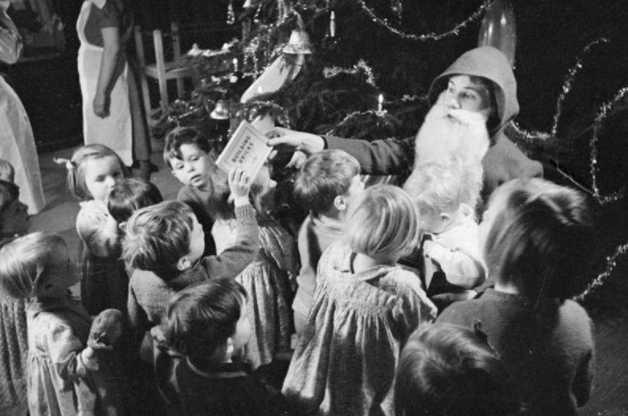 Christmas Children World War 2