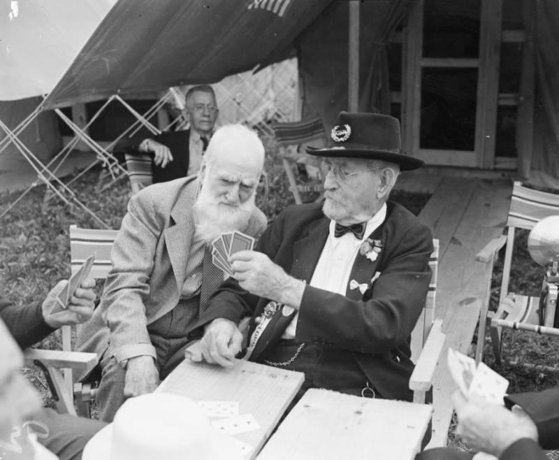 Civil War Veterans Playing Cards