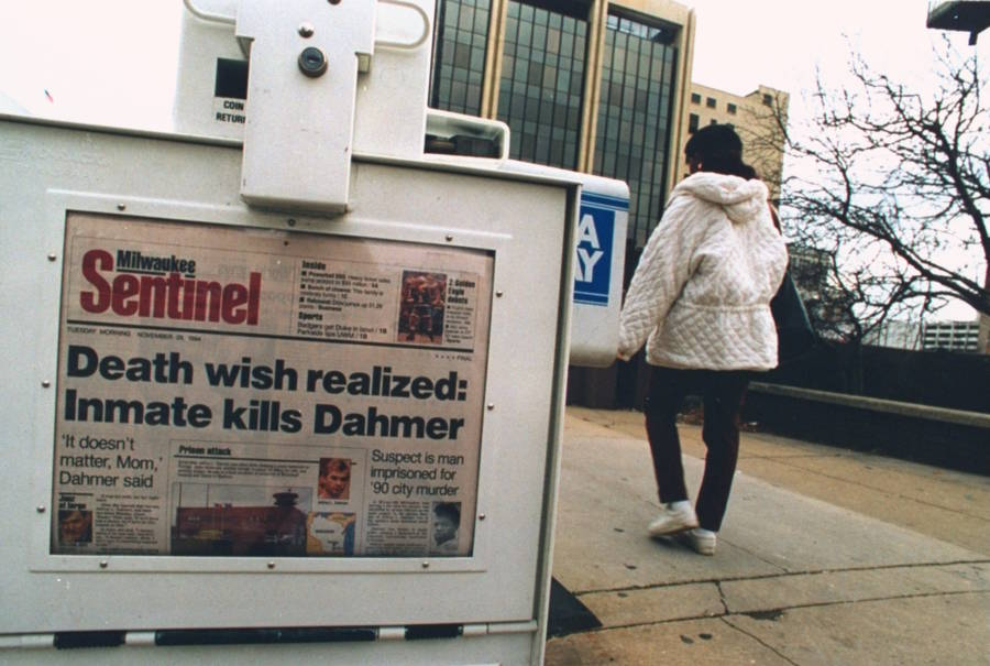 Newspaper Headline About Jeffrey Dahmer's Death