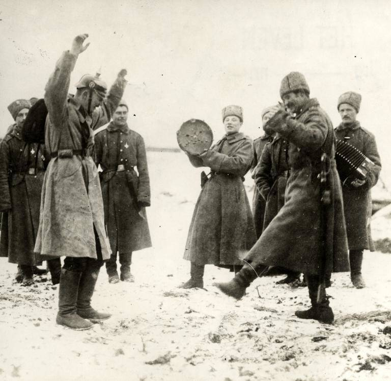 German POWs dancing with Russians