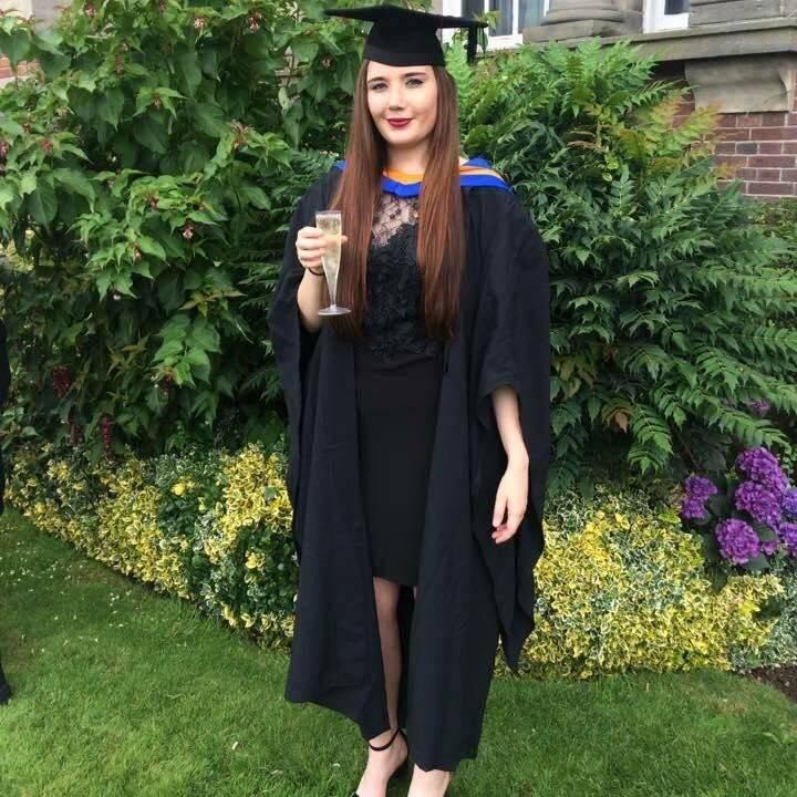 Graduation Kebab Girl