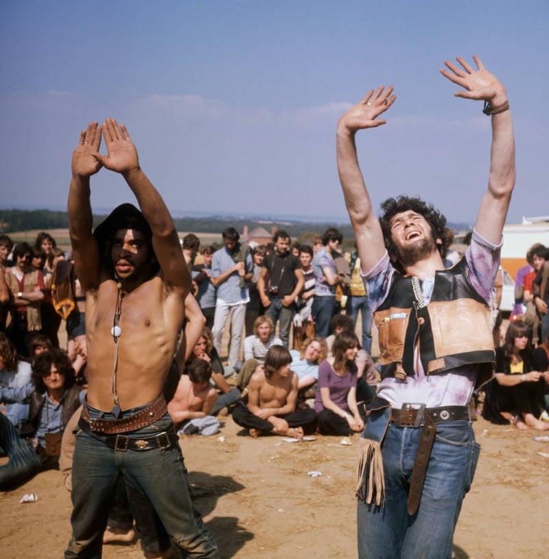 Hippies Dancing Students