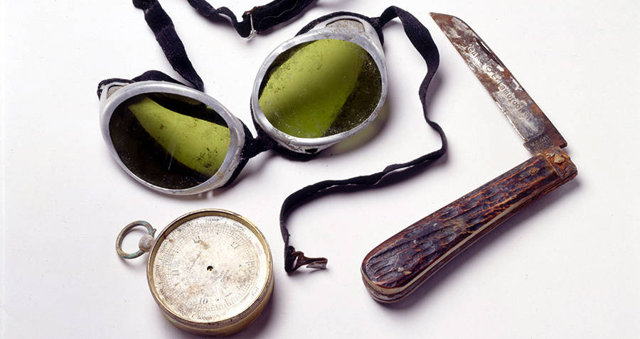 George Mallory's Artifacts On Everest