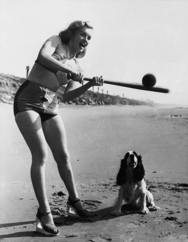Monroe On The Beach