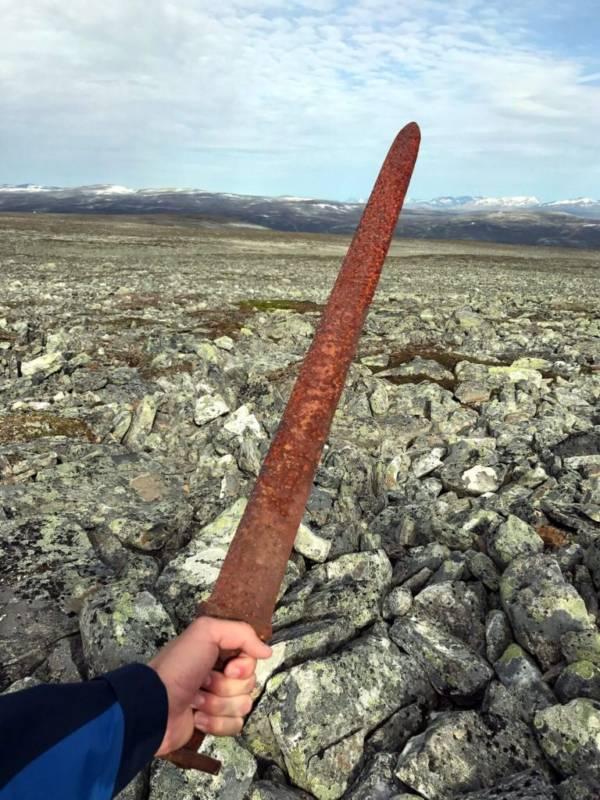 Viking Sword Mountains
