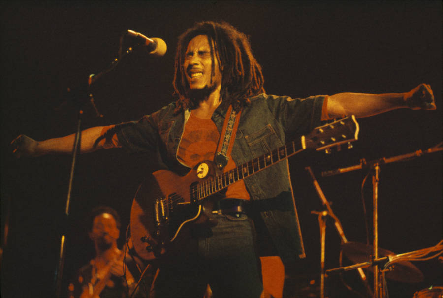 Bob Marley Arms Outstretched