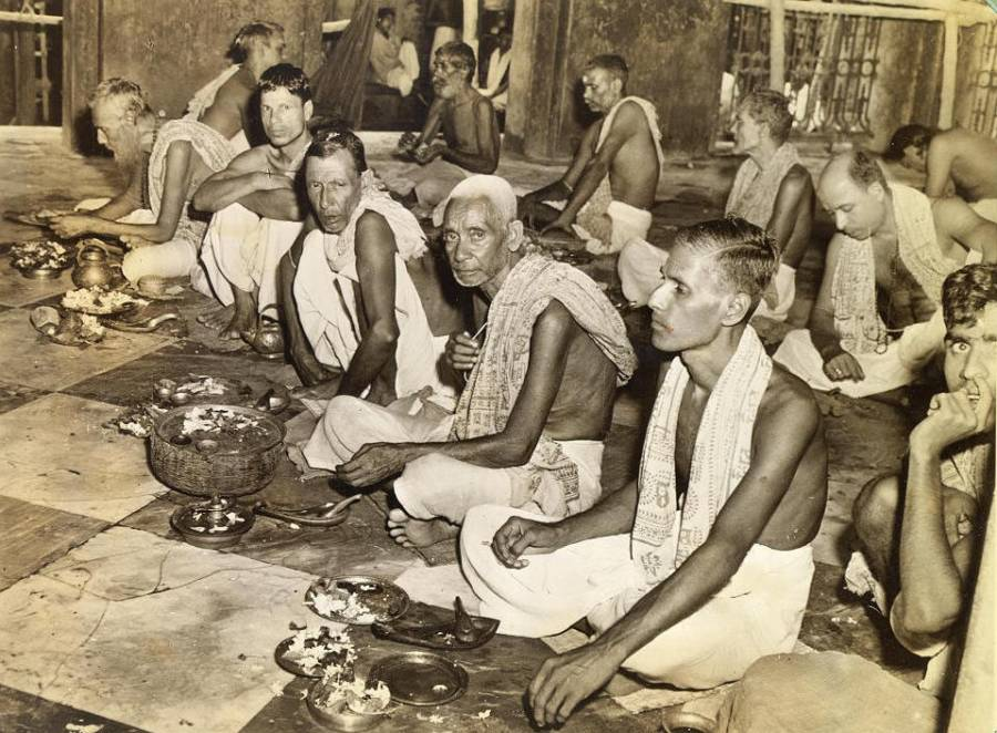 Brahmins Praying