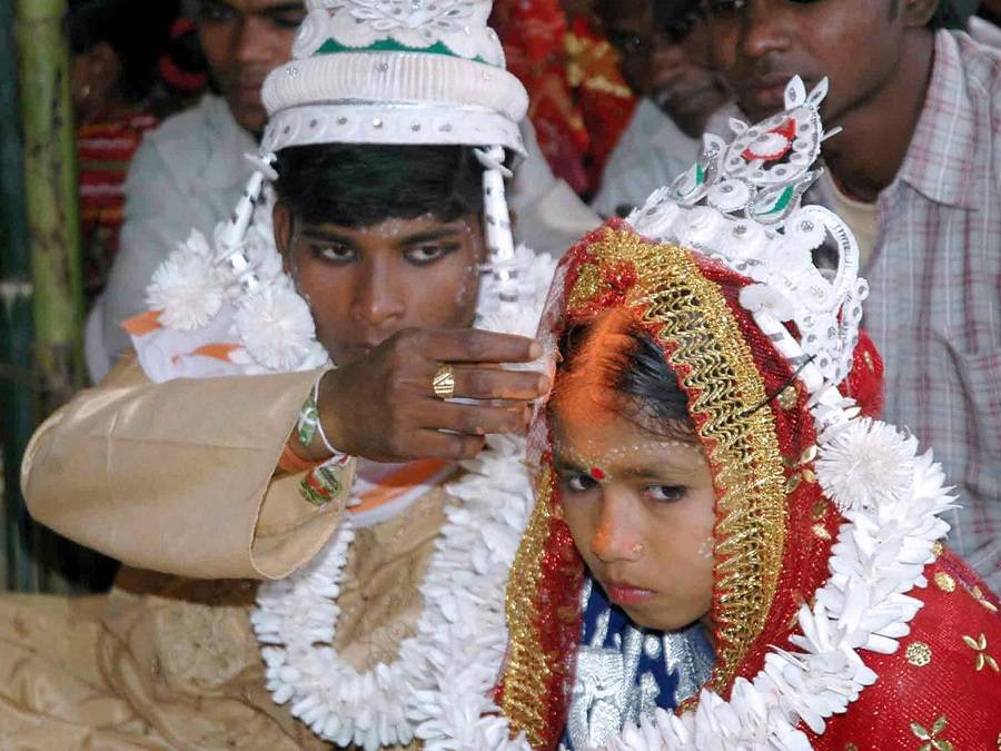 13 Shocking Photos Of Child Marriages Past And Present