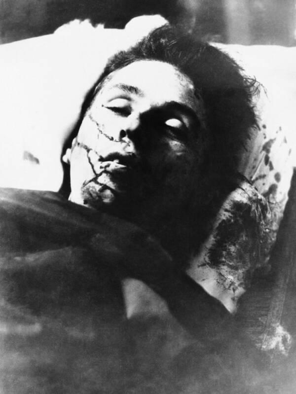 Clyde Barrow Death Photo
