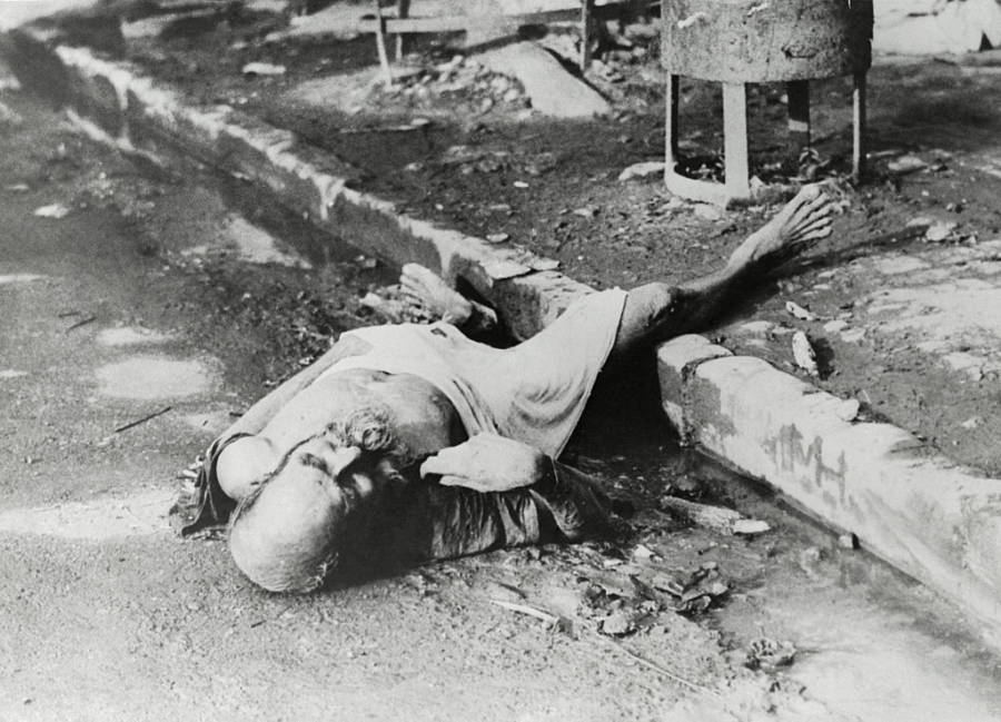 Dead Man On Streets during Bengal Famine