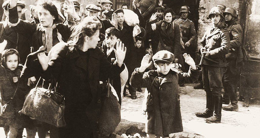 Families and children forced into the Warsaw Ghetto