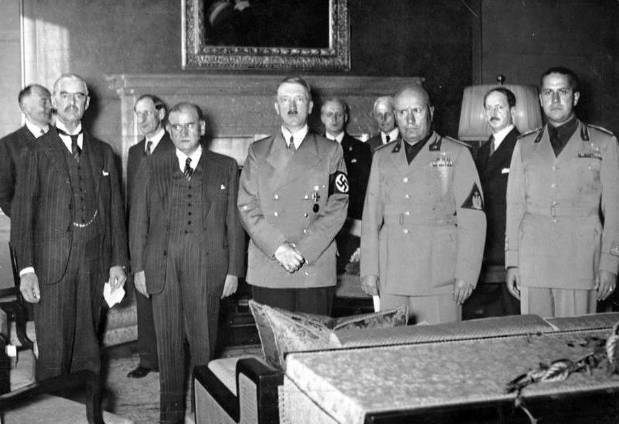Hitler Posing Group Of Men