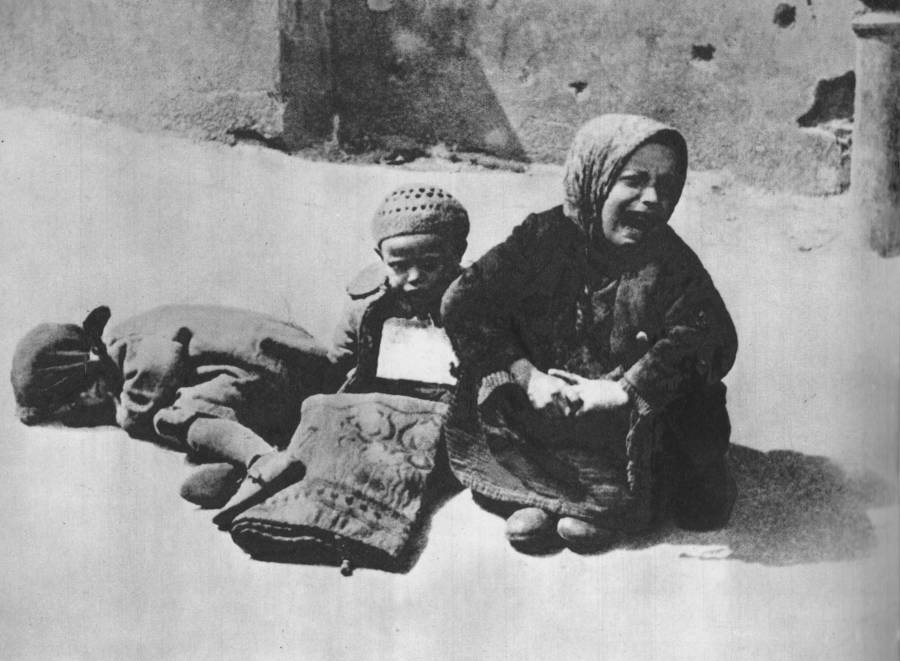 Homeless Children In Warsaw Ghetto