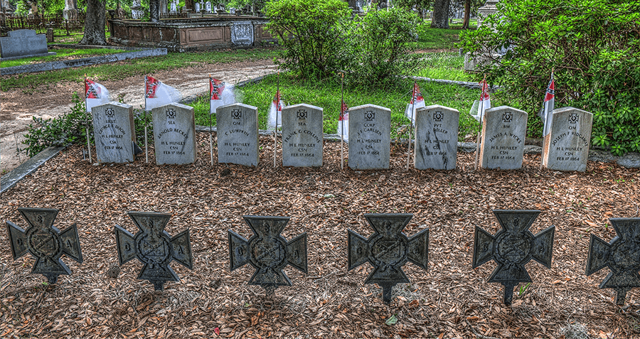 Graves Of The HL Hunley Crew