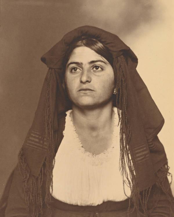 Italian Woman Face